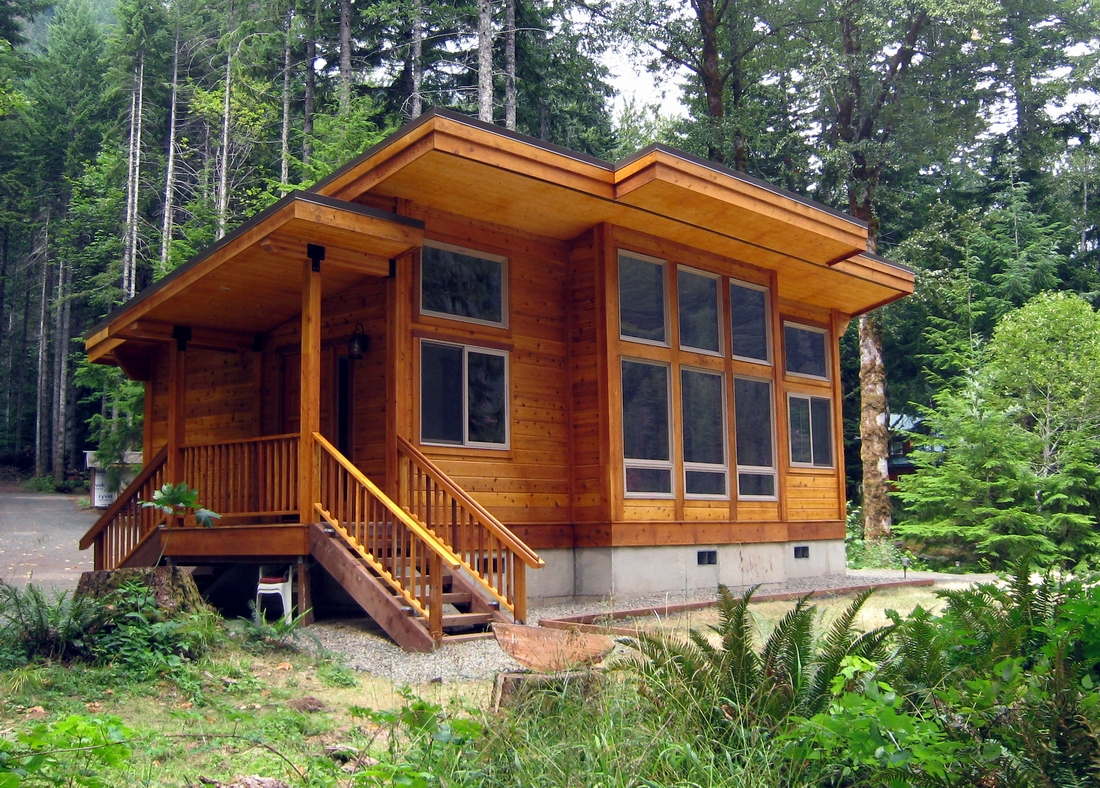 Pan abode cedar homes for Cottage house kits